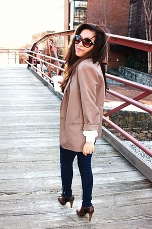 beige Goodwill blazer - blue Forever 21 leggings - brown Steve Madden shoes