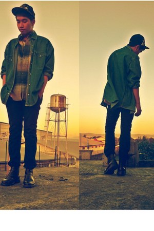 denim jacket Levis jacket - brown boots Kickers boots