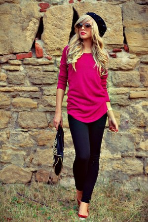 hot pink grena IQ blouse - black hat - black IQ leggings