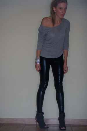 Fridays Preject t-shirt - asos jeans - Jimmy Choo for h&m shoes - Jimmy Choo for