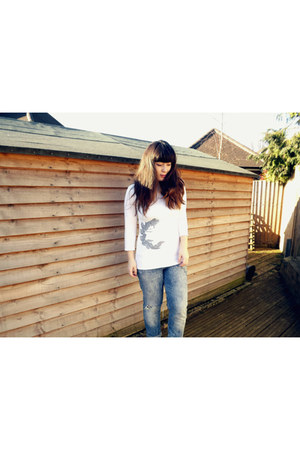ivory butterfly top Gemma top - sky blue H&M jeans - white Deandri wedges