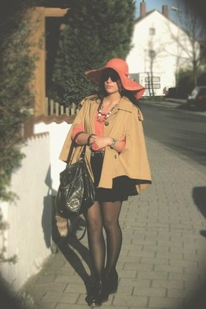 Asos Cape coat - H&M hat - Topshop shirt - Guess bag - thomas sabo bracelet - Je