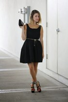 black Style Mafia dress - black clutch Chanel bag