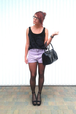 black h&m divided shoes - black bag - light purple New Frontier shorts