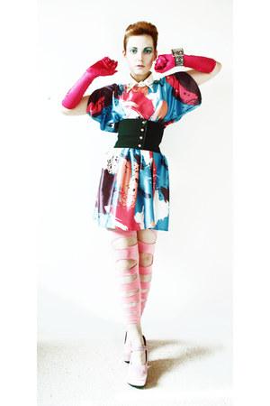 bat sleeved dress - bubble gum leggings - hot pink satin gloves