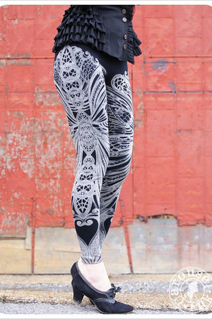 Carousel Ink leggings