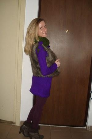 handmade dress - Deichmann boots - H&M tights - handmade scarf - Pimkie vest