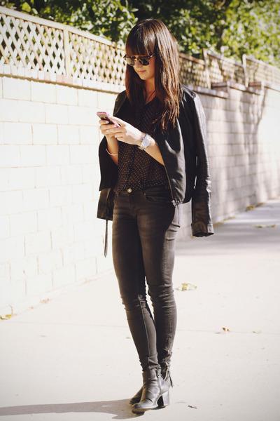 black boots - gray jeans - black leather jacket - black polka dot shirt
