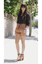 brown heels - light brown shorts - black polka dot blouse