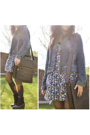 blue denim jacket Timberland jacket - dark brown Clarks boots