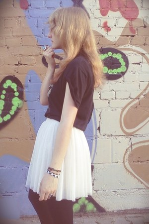 tulle Bershka skirt - rock H&amp;M ring - no name t-shirt