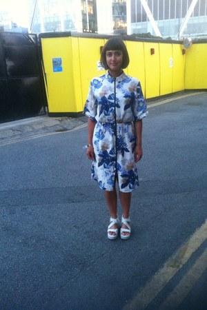 blue Topshop dress - white vagabond sandals