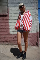 red vintage from Castaway Vintage jacket - white H&M top - blue levis vintage sh