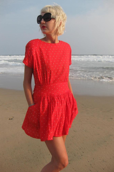 red vintage dress - black Forever 21 sunglasses