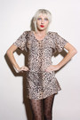 Tawny-leopard-print-vintage-dress-black-bow-print-forever-21-tights