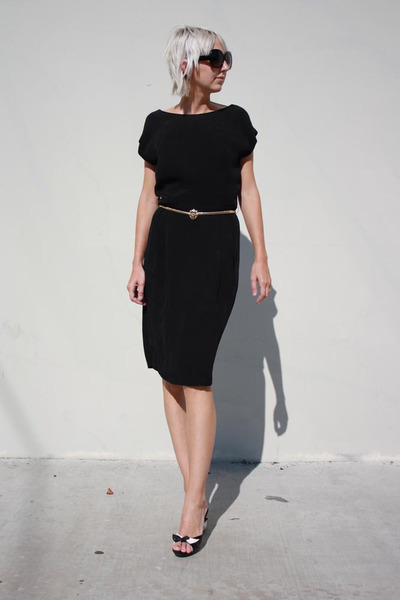 black Ralph Lauren dress - gold vintage belt - black Forever 21 sunglasses - bla