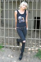 black Harley Davidson top - black Kill City jeans - black Justin boots