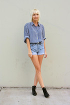 blue vintage blouse - blue Levis shorts - black vintage boots