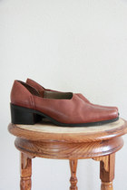 castle in air vintage loafers