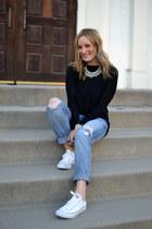 Current Elliott jeans - vince sweater - Converse sneakers