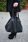 Black-steve-madden-boots-navy-vince-sweater-stella-dot-bag