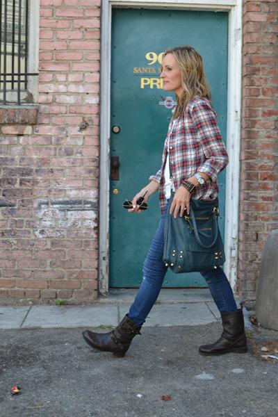 dark brown motorcycle rag & bone boots - navy Blank jeans