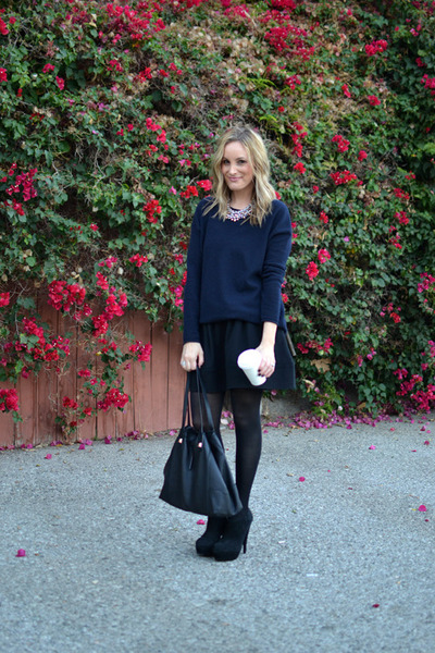 black Steve Madden boots - navy vince sweater - Stella & Dot bag