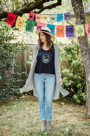 boho hat Michael Stars hat - boyfriend jeans Paige Denim jeans