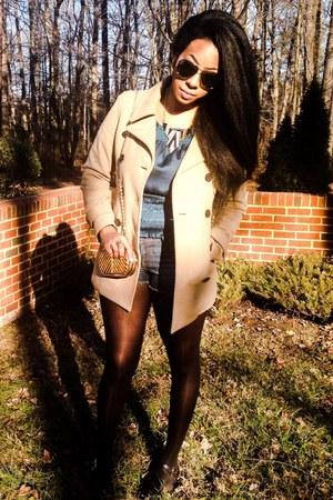 tan Gap coat - Buffalo shorts