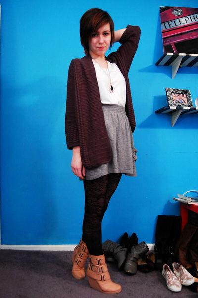 gray H&M cardigan - white American Apparel t-shirt - gray Target skirt - black A