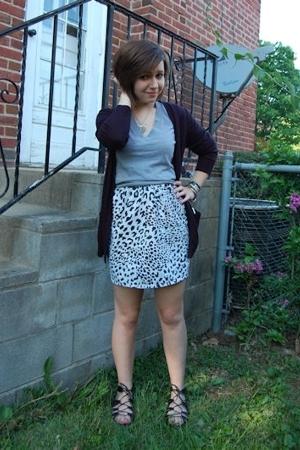 forever 21 sweater - forever 21 t-shirt - Retrospect skirt - Target shoes - rand