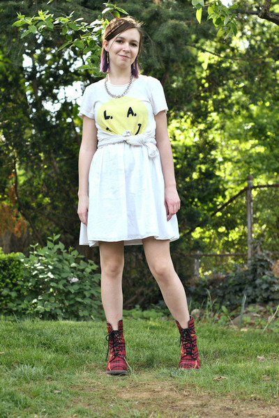 Red Doc Martens Boots, White Target Dresses, Off White