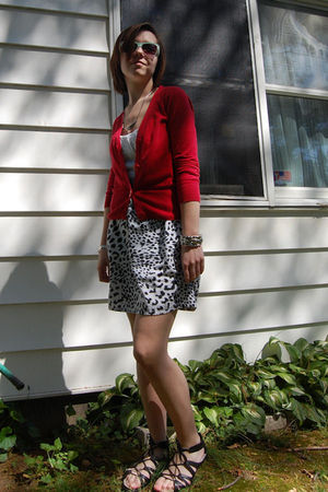 black Target shoes - white Retrospect skirt - white American Eagle top