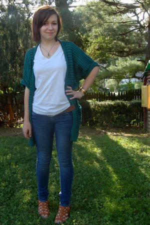 Urban sweater - aa t-shirt - various accessories - Delias jeans - ModClothcom sh