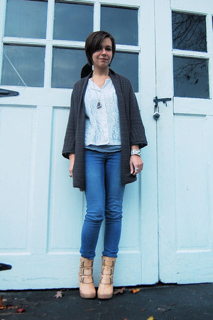 charcoal gray H&M cardigan - white vintage sweater - blue H&M jeans - nude deena