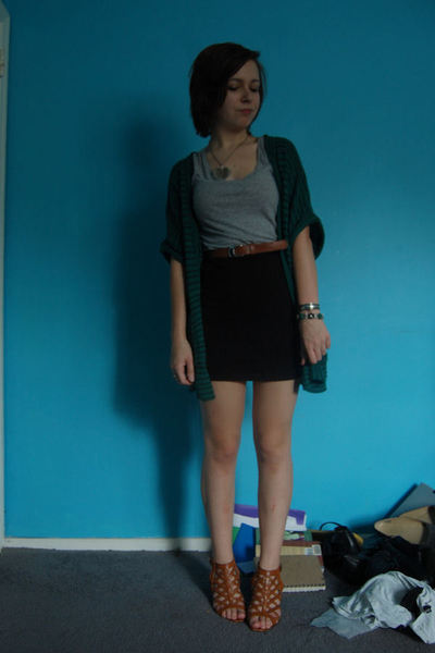 Urban Outfitters sweater - H&M t-shirt - thrifted belt - H&M skirt - modcloth sh