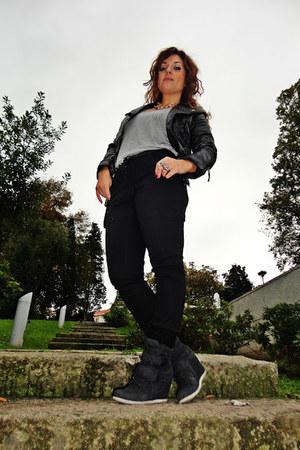 black leather H&M jacket - black H&M jeans - silver Zara shirt
