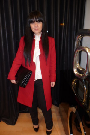 red Zara jacket - black RULYS jeans - black Mango bag - white Zara blouse