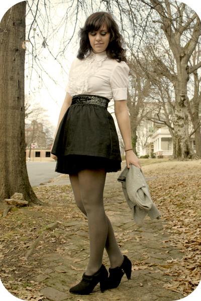 white thrift shirt - black Wet Seal belt - black Miley Cyrus for Walmart skirt -