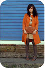 Orange-savers-coat-brown-estate-sale-purse-brown-a-friends-shoes