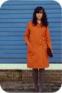 Orange-savers-coat-brown-estate-sale-purse-brown-a-friends-shoes