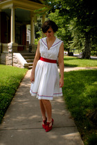 red Kikits shoes - white 1950s cotton Paddywackss Vintage dress