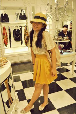 beige CreamPuff blouse - gold MissOCD skirt - beige Forever 21 hat - white vinnc