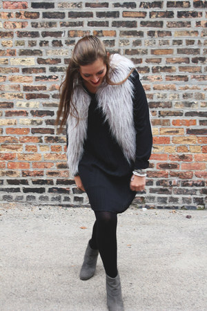 silver faux fur The Limited vest - charcoal gray suede booties Macys shoes