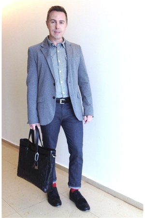 Happy Feet socks - brogues Kenneth Cole shoes - Levis jeans - Zara blazer