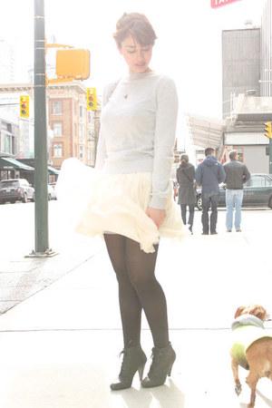 peach NafNaf skirt