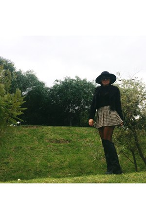 black otk Accessorize boots - black pamel hat - black bodysuit - camel skirt