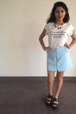 white graphic Mango t-shirt - light blue quilted Topshop skirt