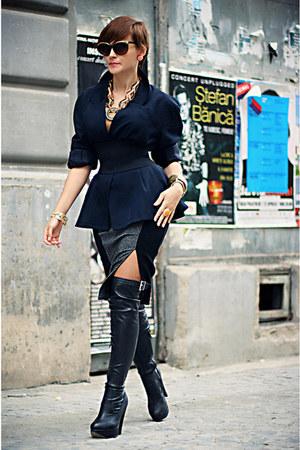 navy vintage lanvin blazer - black H&M sunglasses
