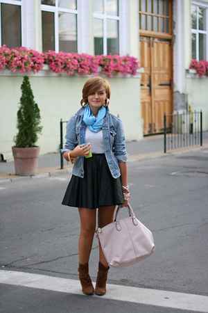 blue vintage Levis jacket - brown Zara shoes - black River Island skirt